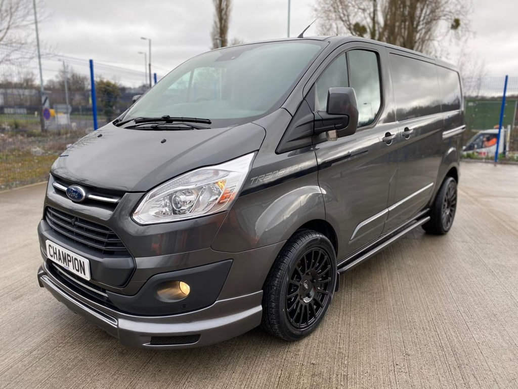 USED 2017 67 FORD TRANSIT CUSTOM 2.0 270 LIMITED 130 BHP EURO 6 SPORT KIT TRANSIT ST 36K MILES FSH ONE OWNER LIMITED SPORT KIT AIRCON
