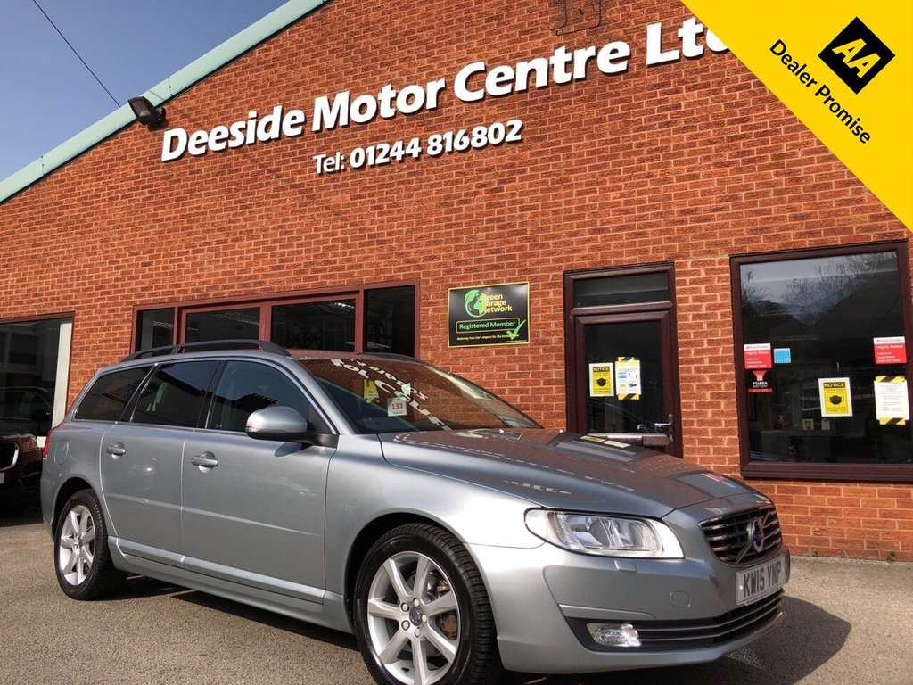 USED 2015 15 VOLVO V70 2.0 D4 SE NAV 5d 178 BHP Full service history : Bluetooth : Sat Nav  :  DAB Radio  :  Wi-Fi  :  Leather upholstery  :  Heated front seats  :  Heated screen  : Isofix fittings  : Air-conditioning/Climate control  : Cruise control  : Volvo City Safety system :  Rear parking sensors  :  Remotely operated tailgate  :  Cargo/Load cover