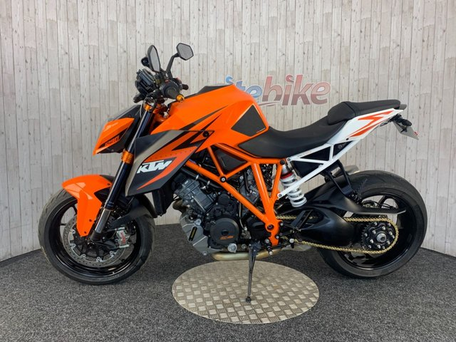 KTM 1290 SUPERDUKE R at Rite Bike