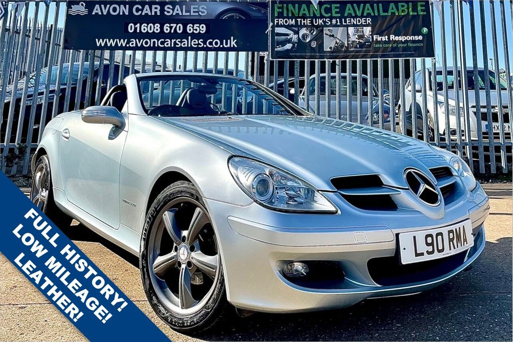 USED 2004 L MERCEDES-BENZ SLK 1.8 SLK200 KOMPRESSOR 2d 161 BHP AUTOMATIC! FULL SERVICE HISTORY! LOW MILEAGE! LEATHER! HEATED SEATS! HEATED NECK SCARF! 2 PREV OWNERS!