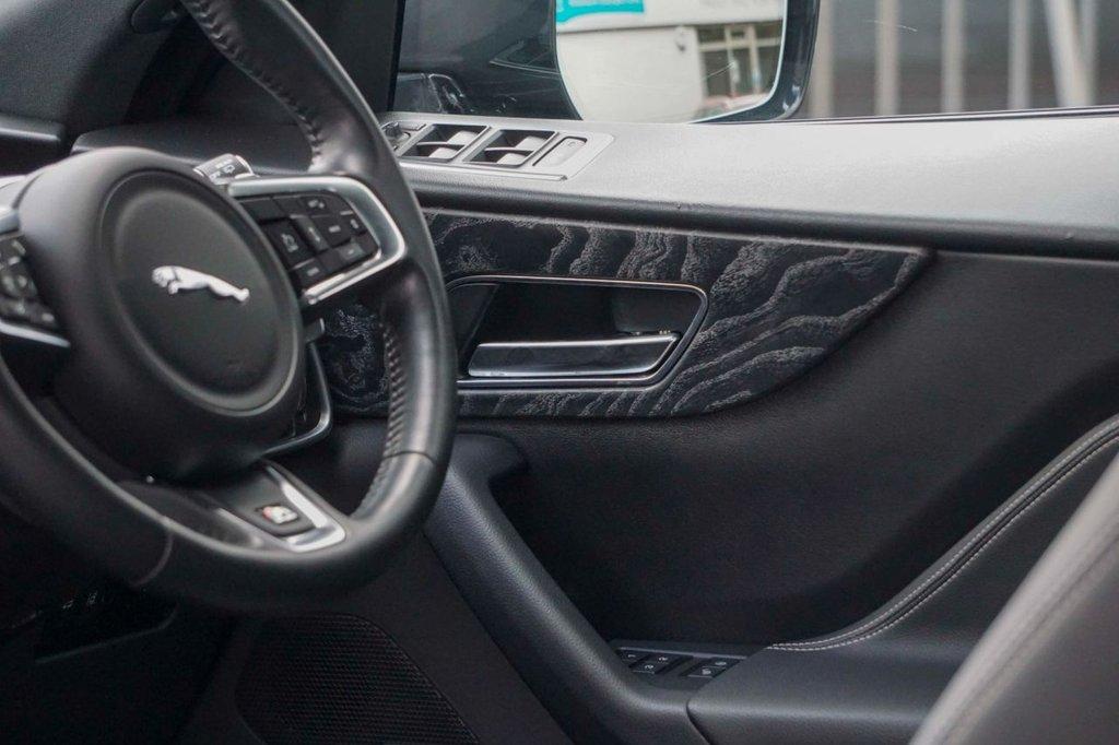 USED 2017 17 JAGUAR F-PACE 2.0 R-SPORT AWD 5d 178 BHP
