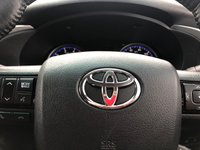 USED 2018 67 TOYOTA HI-LUX 2.4 INVINCIBLE 4WD D-4D 4d 5 Seat Double Cab Pickup 4x4 AUTO with Great Invincible Spec Recent Service & MOT now Ready to Drive Away Today 1 Former Keeper