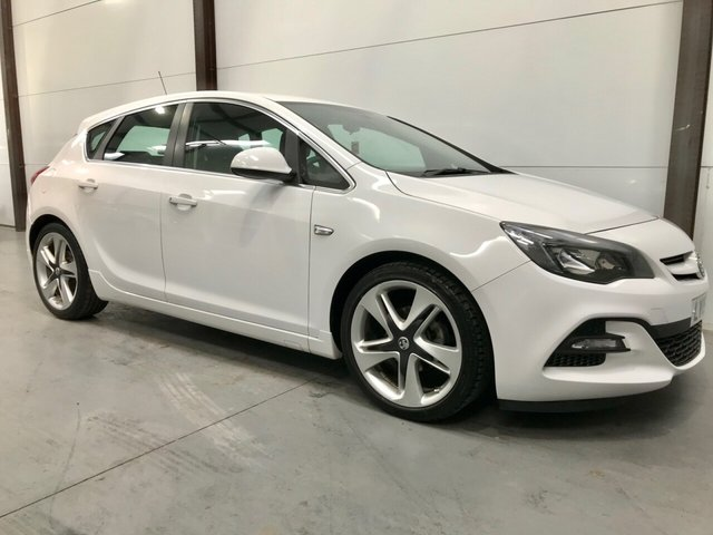 2015 15 VAUXHALL ASTRA 1.6 LIMITED EDITION 5d 115 BHP