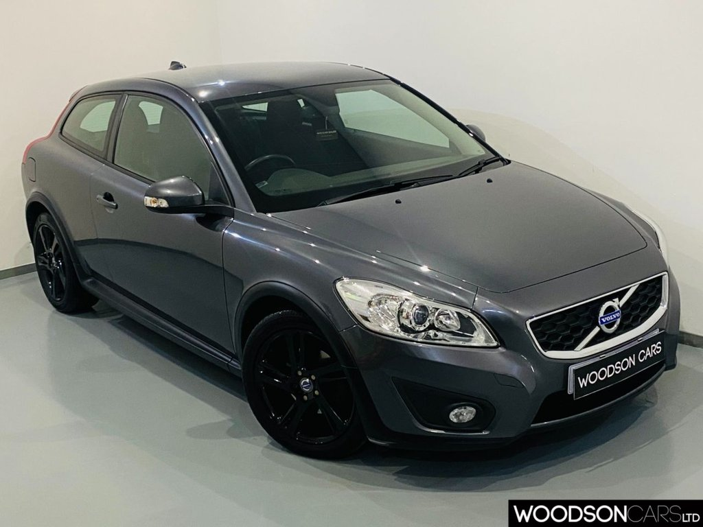 USED 2013 62 VOLVO C30 1.6 DRIVE SE LUX S/S 3d 113 BHP Bluetooth / Isofix / Black Alloy Wheels / USB / Aux