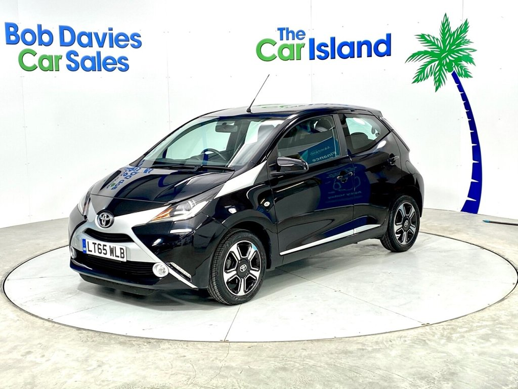 USED 2015 65 TOYOTA AYGO 1.0 VVT-I X-CLUSIV 5d 69 BHP Bluetooth Alloys DAB Radio Rear Camera 30000 miles