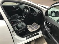 USED 2013 13 VOLVO V40 1.6 T4 SE LUX NAV 5d 177 BHP