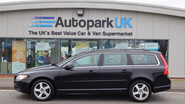 USED 2013 13 VOLVO V70 2.0 D3 SE 5d 134 BHP LOW DEPOSIT OR NO DEPOSIT FINANCE AVAILABLE . COMES USABILITY INSPECTED WITH 30 DAYS USABILITY WARRANTY + LOW COST 12 MONTHS ESSENTIALS WARRANTY AVAILABLE FROM ONLY £199 (VANS AND 4X4 £299) DETAILS ON REQUEST. ALWAYS DRIVING DOWN PRICES . BUY WITH CONFIDENCE . OVER 1000 GENUINE GREAT REVIEWS OVER ALL PLATFORMS FROM GOOD HONEST CUSTOMERS YOU CAN TRUST .
