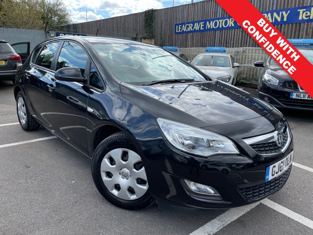 USED 2011 61 VAUXHALL ASTRA 1.4 EXCLUSIV 5d 98 BHP FULL SERVICE HISTORY + ONE OWNER