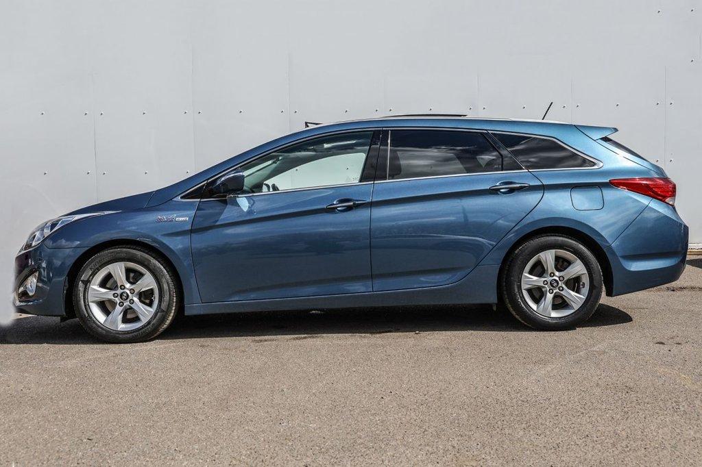 USED 2013 63 HYUNDAI I40 1.7 CRDI PREMIUM SE BLUE DRIVE 5d 134 BHP