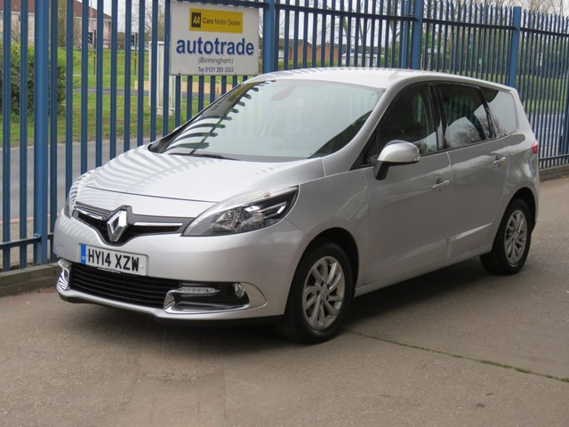 USED 2014 14 RENAULT GRAND SCENIC 1.5 DYNAMIQUE TOMTOM ENERGY DCI S/S 5d 110 BHP. SAT NAV-6 SERVICE STAMPS 7 SEATER-COLOUR SAT NAV-6 SERVICE STAMPS-BLUETOOTH-CRUISE