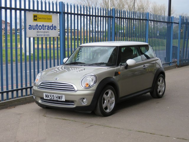 USED 2009 59 MINI HATCH COOPER 1.6 COOPER 3d 118 BHP 1 Owner-Chili Pack-Comfort Pk- 6 Services Recorded