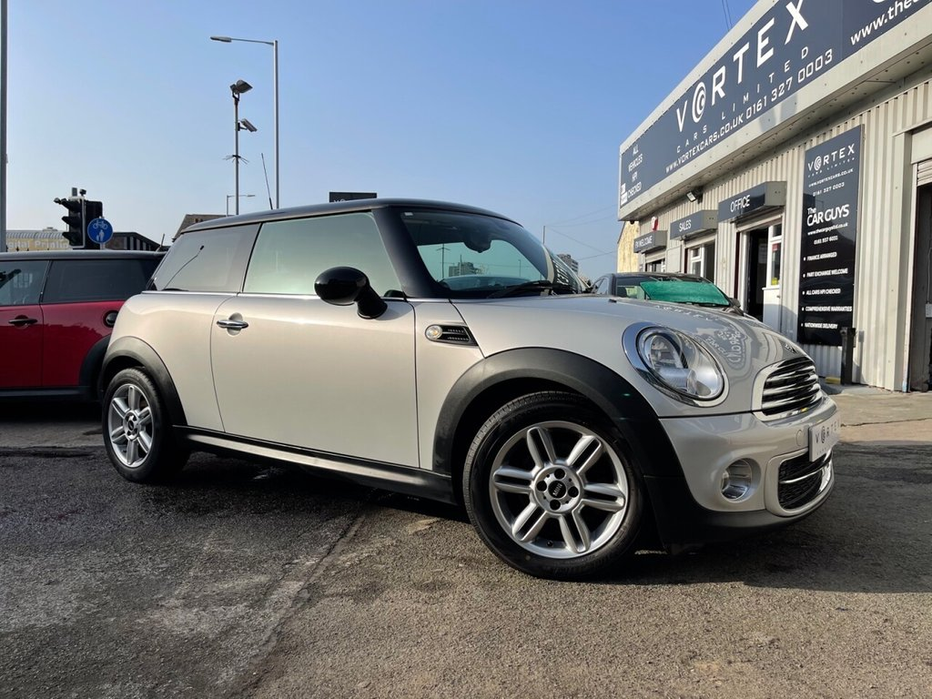 USED 2013 63 MINI HATCH COOPER 1.6 COOPER D 3d 112 BHP IMMACULATE + FULL HISTORY