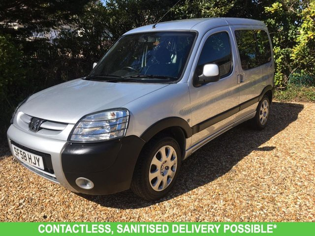 USED 2009 58 PEUGEOT PARTNER 1.6 COMBI ESCAPADE HDI 5d 89 BHP VERY LOW MILEAGE, FULL SIZE REAR SEAT! WAV RAMP SCOOTER/WHEELCHAIR FREE DELIVERY POSSIBLE