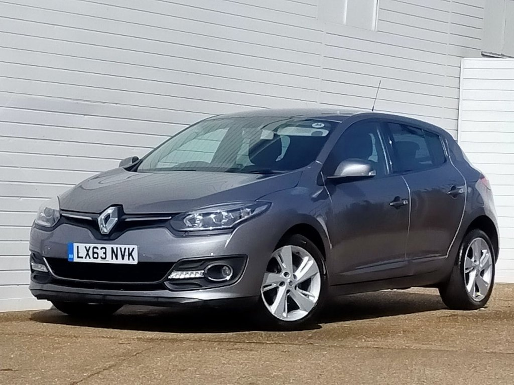 USED 2013 63 RENAULT MEGANE 1.5 DYNAMIQUE TOMTOM ENERGY DCI S/S 5d 110 BHP Buy Online Moneyback Guarantee