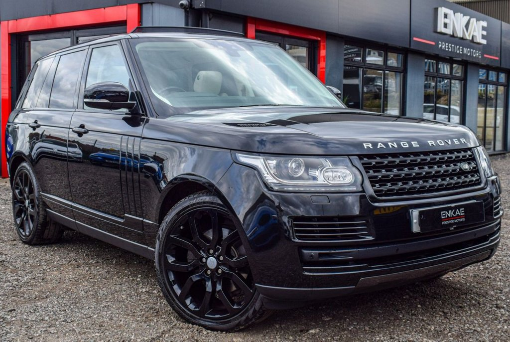 USED 2018 67 LAND ROVER RANGE ROVER 3.0 TDV6 VOGUE 5d 255 BHP