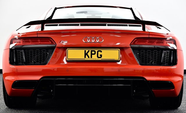 USED 2016 16 AUDI R8 5.2 FSI V10 Plus S Tronic quattro (s/s) 2dr £138k New, F/A/S/H, Immaculate