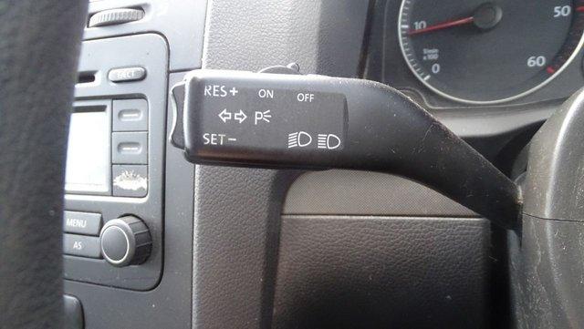 USED 2004 54 VOLKSWAGEN GOLF 1.9 TDI SE 5d 103 BHP DRIVES A1