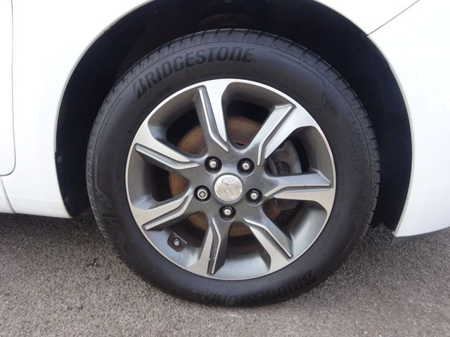 USED 2015 65 HYUNDAI IX20 1.4 SE BLUE DRIVE 5d 89 BHP **  JUST ARRIVED ** CALL 01543 877320**