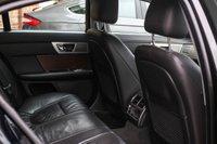 USED 2015 64 JAGUAR XF 2.2 D LUXURY 4d AUTO 163 BHP