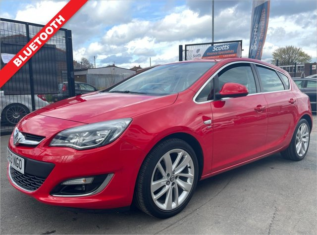 USED 2013 63 VAUXHALL ASTRA 1.6 SRI 5 DOOR RED VERY LOW MILEAGE CRUISE BLUETOOTH