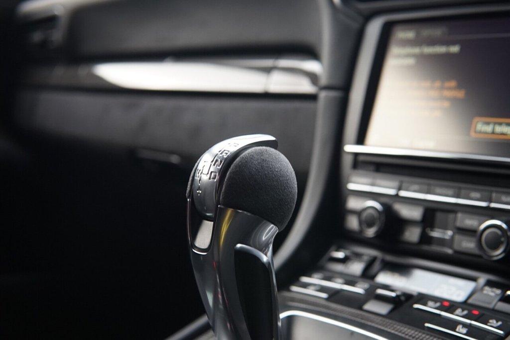 USED 2014 64 PORSCHE 911 GT3 3.8 GT3 PDK 2d 475 BHP TEN YEAR PORSCHE WARRANTY, NEW G SERIES ENGINE SUSPENSION LIFT, SPORTS EXHAUST, FULL PORSCHE SERVICE HISTORY, CARBON, ABSOLUTELY STUNNING VEHICLE