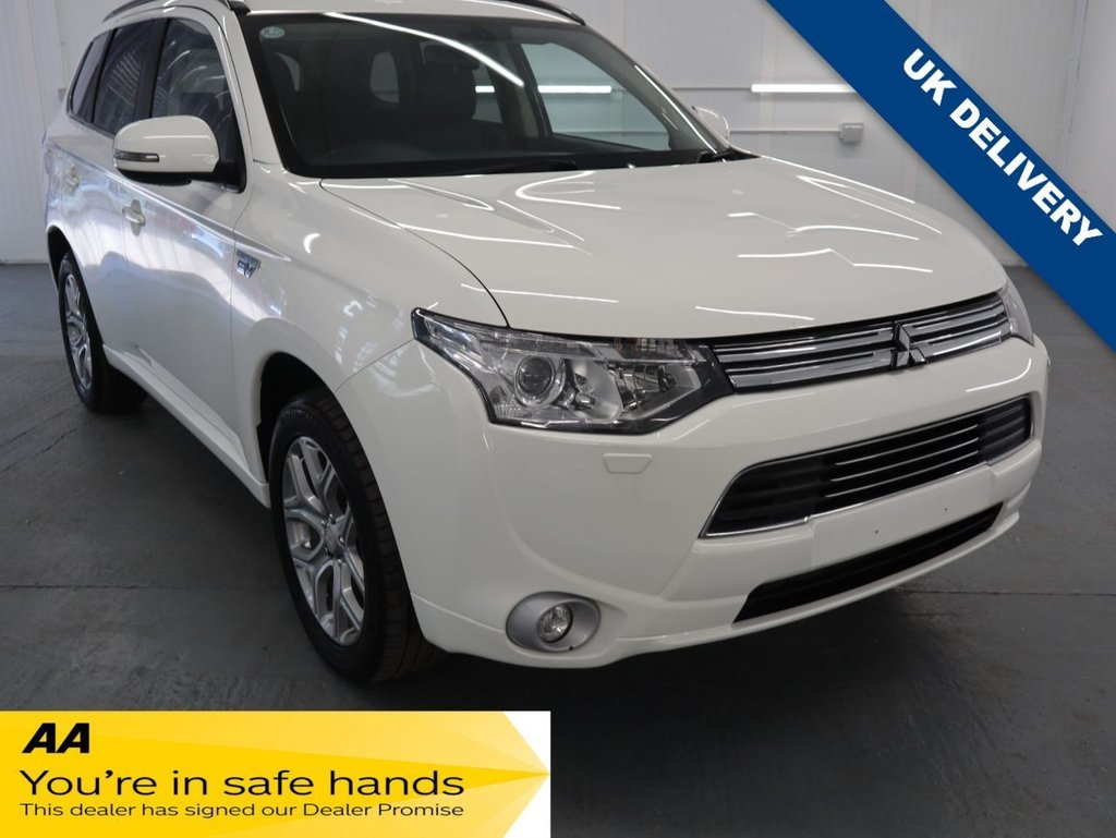 USED 2014 64 MITSUBISHI OUTLANDER 2.0 PHEV GX 4H 5d 162 BHP GREATLY REDUCED RUNNING COSTS AND TAX FOR THOSE THAT HAVE ARE MODEST MILE USERS.