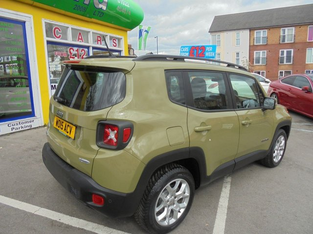 USED 2015 15 JEEP RENEGADE 1.6 M-JET LONGITUDE 5d 118 BHP **BOOK YOUR TEST DRIVE NOW **