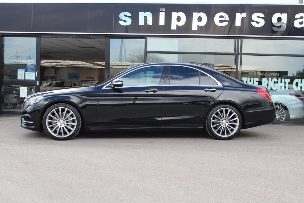 """USED 2016 16 MERCEDES-BENZ S-CLASS 3.0 S 350 D AMG LINE EXECUTIVE 4d 255 BHP Obsidian Black Metallic, Full Black Leather, 360 Cameras, Panoramic Sliding Glass Sunroof, 20"""" Spoked Alloys, Pricacy Glass, Heated Seats, Active Park assist, Comfort Headrests, Memory Package, Sports Steering Wheel, Electric Roller Sun Blinds In Rear Doors andRear Window, , Tyre Pressure Control, Dual Cup Holder, Rear Seat Climate Control, Rear Back Rest Adjustment And Head Restraints Electric, DAB Radio, Automatic High Beam Switch, Dynamic LED Headpamps, Ambience Illumination, Power Closing."""
