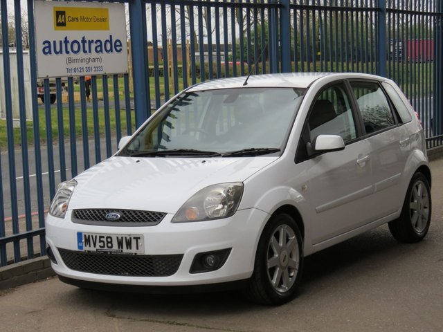 USED 2008 58 FORD FIESTA 1.2 ZETEC BLUE 5d 75 BHP. LOW INSURANCE GROUP, AIR CON  AIR CON-JVC C/D RADIO-ALLOYS-HEATED WINDSCREEN-ELECTRIC FOLDING WING MIRRORS