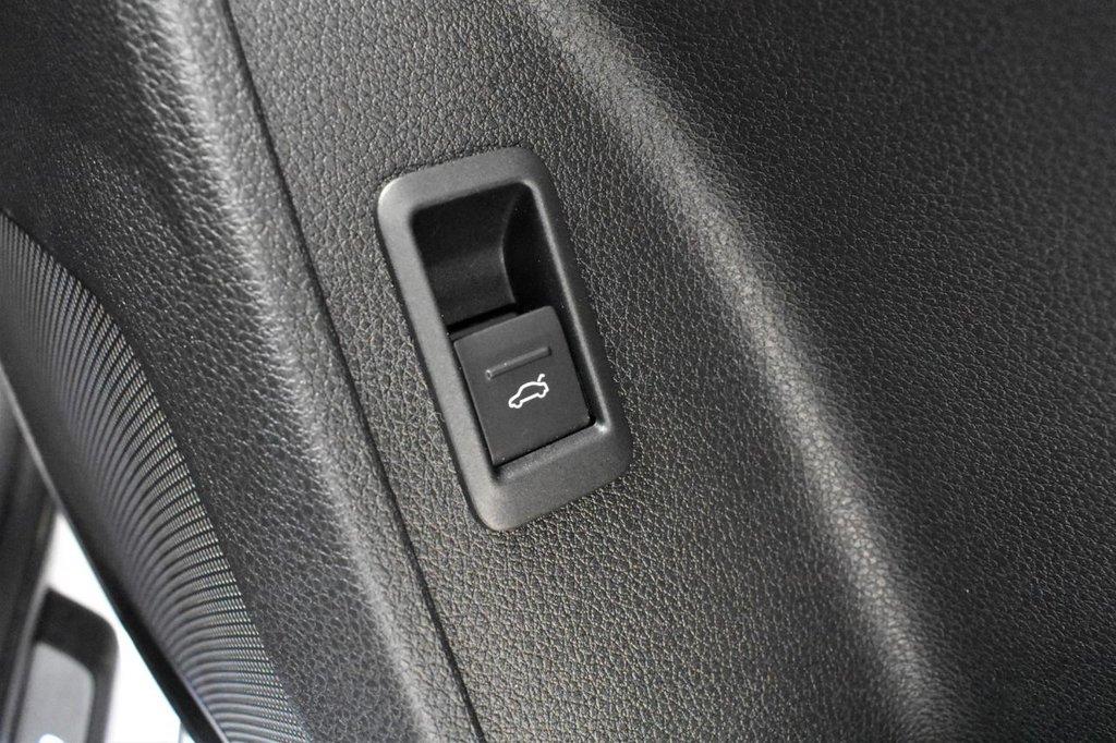 USED 2019 19 AUDI Q3 1.5 TFSI S LINE 5 DOOR