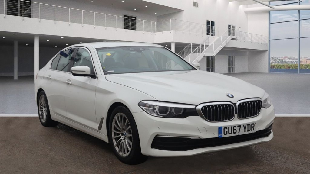USED 2017 67 BMW 5 SERIES 2.0 520D SE EFFICIENTDYNAMICS 4d AUTO 188 BHP +AUTO +AMBIENT LIGHTS +SAT NAV