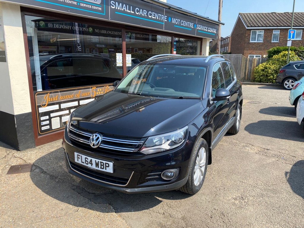 USED 2014 64 VOLKSWAGEN TIGUAN 2.0 MATCH TDI BLUEMOTION TECHNOLOGY 4MOTION 5d 139 BHP SATNAV - BLUETOOTH - FRONT AND REAR PARKING SENSORS - AUTO LIGHTS - DAB - USB