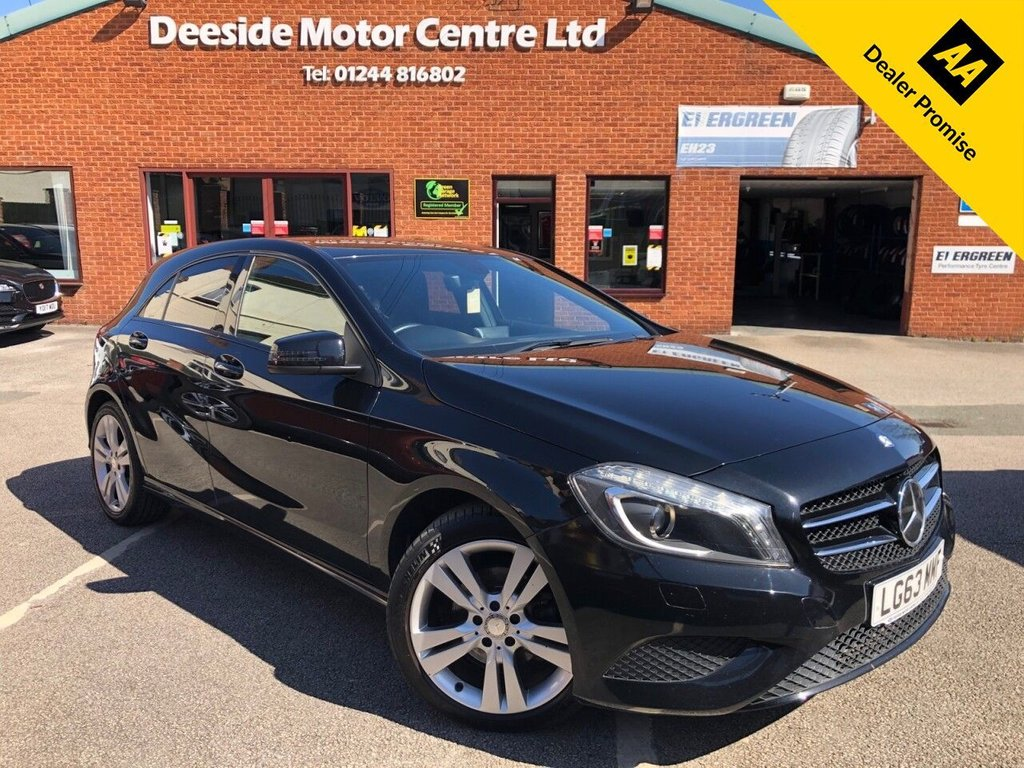 USED 2013 63 MERCEDES-BENZ A-CLASS 1.8 A200 CDI BLUEEFFICIENCY SPORT 5d 136 BHP Documented service history   :   Bluetooth   :   Part leather upholstery   :   Isofix fittings   :     Air-conditioning    :    Cruise control/Speed limiter    :    Optional paddleshift controls    :     Rear parcel shelf