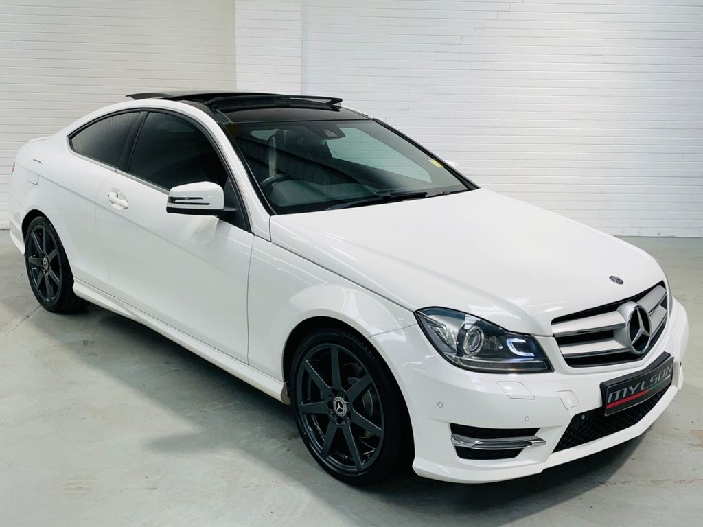 USED 2014 14 MERCEDES-BENZ C-CLASS 2.1 C220 CDI AMG SPORT EDITION PREMIUM PLUS 2d 168 BHP AMG Pack, Glass Panoramic Roof, COMAND Media, Reverse Camera, Heated Seats