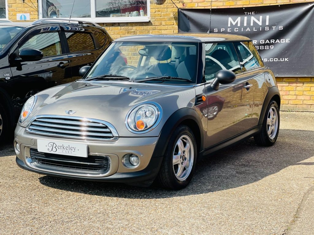 USED 2011 11 MINI HATCH ONE 1.6 ONE 3d 98 BHP WE SPECIALISE IN MINI'S!!!!!!