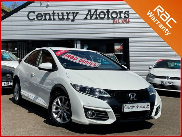 2015 65 HONDA CIVIC 1.6 I-DTEC SE Plus NAVI 5dr - PEARLESCENT  WHITE