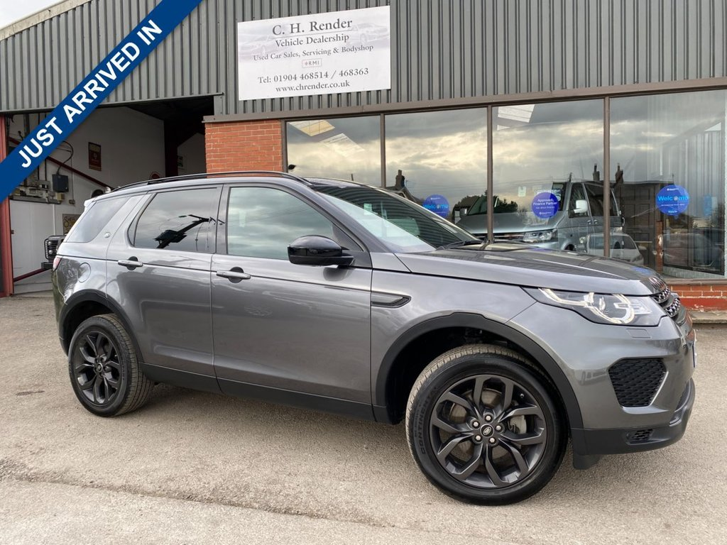 USED 2018 68 LAND ROVER DISCOVERY SPORT  2.0 TD4 LANDMARK 5d 178 BHP 1 FORMER KEEPER, FULL SERVICE HISTORY, PAN ROOF, DETACHABLE TOW BAR, REVERSING CAMERA