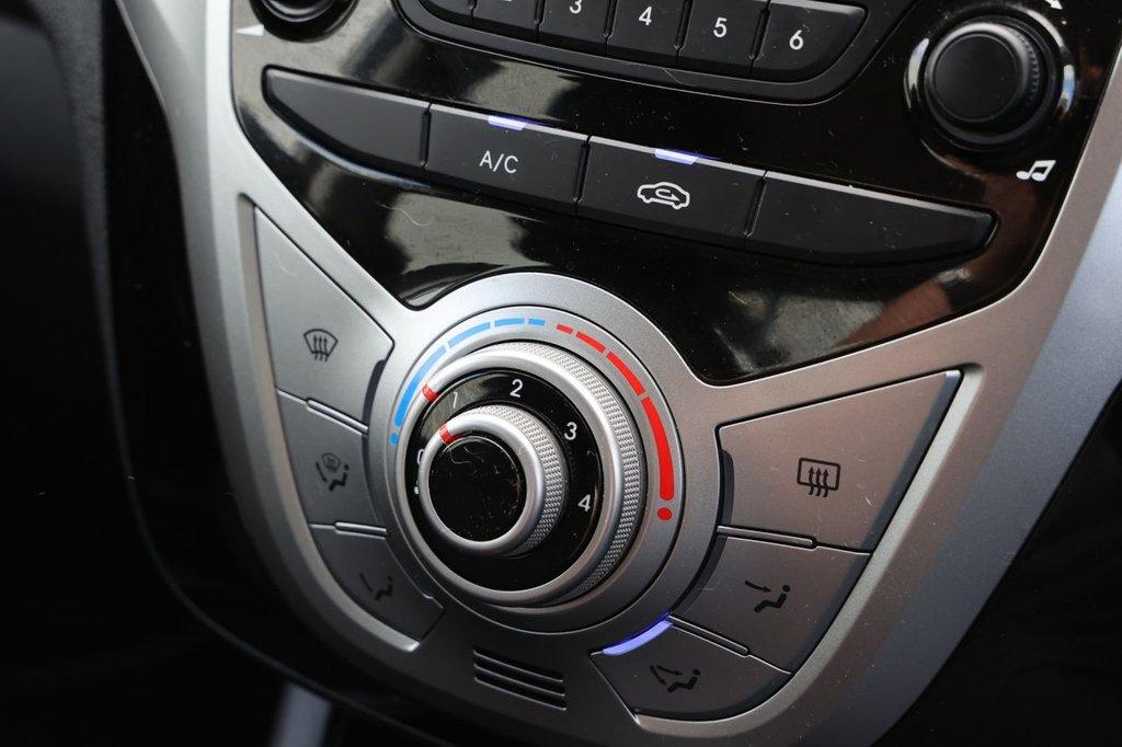 USED 2014 64 HYUNDAI IX20 1.6 CRDI STYLE BLUE DRIVE 5d 113 BHP