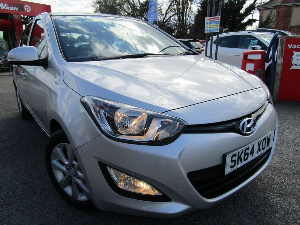 USED 2014 64 HYUNDAI I20 1.2 ACTIVE 5d 84 BHP ** Well maintained car ** two keys ** low mileage ** popular family hatch ** bluetooth ** retractable door mirrors ** Warranty included ** Test drive today ** Free AA breakdown cover **
