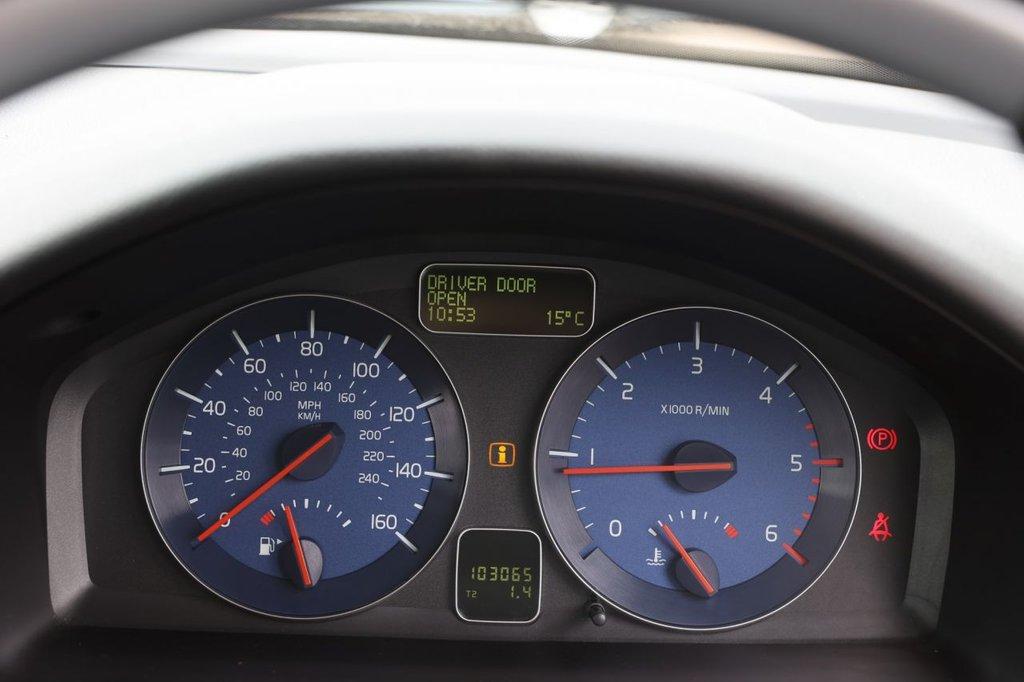 USED 2010 10 VOLVO C30 2.0 D R-DESIGN 3d 136 BHP