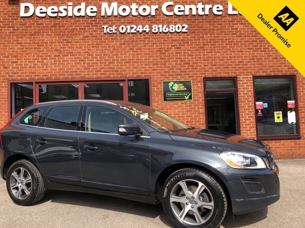 USED 2011 61 VOLVO XC60 2.4 D5 SE LUX AWD 5d 212 BHP Bluetooth : Leather upholstery :   Isofix fittings  :   Heated front seats   :   Electric/Memory driver's seat   :   Air-conditioning   :   Cruise control  :  Volvo City Safety system / Hill Descent control / Active bending lights  :   Rear parking sensors  :  Remotely operated tailgate