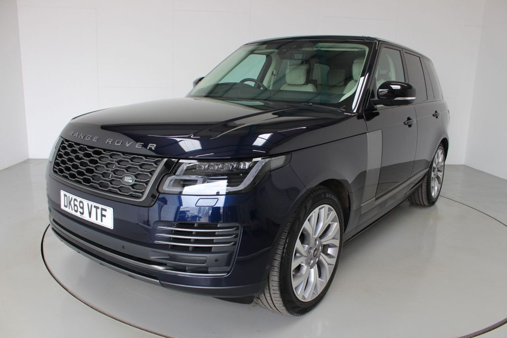 USED 2019 69 LAND ROVER RANGE ROVER 2.0 AUTOBIOGRAPHY 5d AUTO-1 OWNER FROM NEW-PANORAMIC SUNROOF-SOFT CLOSE DOORS-HEAD UP DISPLAY-REAR ENTERTAINMENT-AMBIENT LIGHTING-MERIDIAN SOUND-HEATED FRONT AND REAR SEATS-HEATED STEERING WHEEL-IVORY LEATHER-MASSAGE FRONT SEATS-ELECTRIC MEMORY FRONT SEATS-ELECTRIC FOLDING MIRRORS-ELECTRIC ADJUSTABLE REAR SEATS-POWER TAILGATE-BLUETOOTH-ADAPTIVE CRUISE CONTROL-SATNAV-REVERSE CAMERA-360 CAMERA-DAB RADIO-CLIMATE CONTROL