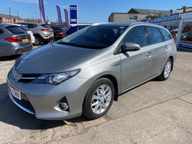 USED 2014 63 TOYOTA AURIS 1.8 VVT-I ICON 5d 98 BHP FINANCE ARRANGED**PART EXCHANGE WELCOME**TOYOTA + 1 OWNER*REV CAM*NAV*AC*FULL TOYOTA SERVICE HISTORY*DAB*USB