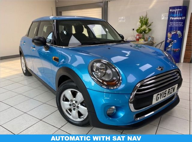 USED 2015 15 MINI HATCH ONE 1.2 ONE 5d 101 BHP / AUTOMATIC / SATNAV ELECTRIC BLUE METALLIC / CARBON BLACK CLOTH TRIM / AUTOMATIC / LOVELY SPECIFICATION