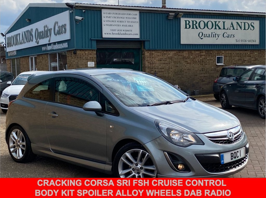 USED 2014 14 VAUXHALL CORSA 1.4 SRI 3 DOOR SILVER LAKE METALLIC 98 BHP CRACKING CORSA SRi FSH Cruise Control Body Kit Spoiler Alloy Wheels DAB Radio