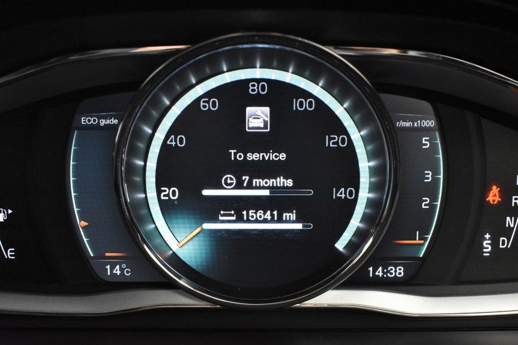 USED 2017 17 VOLVO XC60 2.4 D5 R-DESIGN LUX NAV AWD 5 DOOR