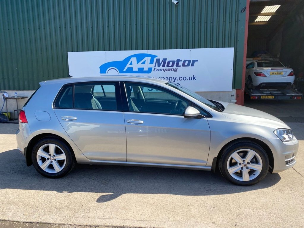 USED 2016 66 VOLKSWAGEN GOLF 2.0 TDI BlueMotion Tech Match Edition (s/s) 5dr SAT - NAV. TWO OWNERS ,LOW TAX