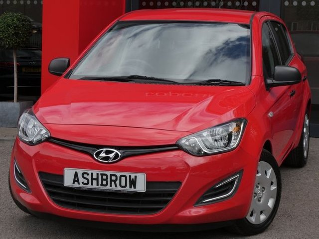 USED 2012 62 HYUNDAI I20 1.2 CLASSIC 5d 84 BHP £30 ROAD TAX PER YEAR, MANUAL GEARBOX, AUX & USB, AIR CONDITIONING, CD PLAYER, REMOTE CENTRAL LOCKING, TRIP COMPUTER, GREY CLOTH INTERIOR, ELECTRIC WINDOWS, ISO FIX, FOLDING REAR SEATS, SERVICE HISTORY, HPI CLEAR, PART EXCHANGE TO CLEAR