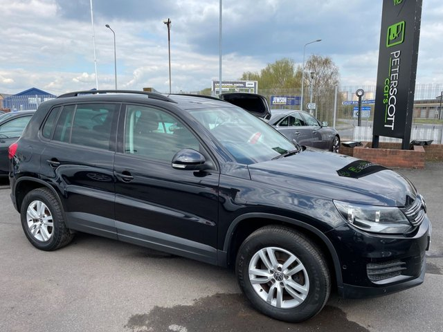 VOLKSWAGEN TIGUAN at Peter Scott Cars