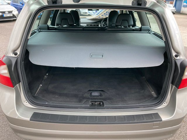 USED 2011 11 VOLVO V70 2.0 D3 SE 5d 161 BHP 1 FORMER KEEPER FROM NEW ~ 2 KEYS ~ POWER TAILGATE~ PARKING SENSORS